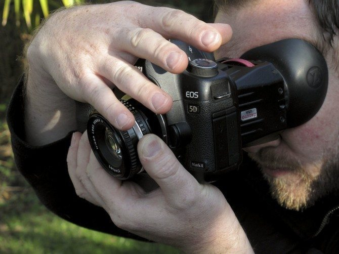 James Miller will be demonstrating lens whacking at the two day Brussels workshop