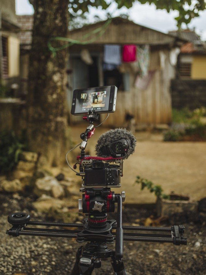 """A7R II shooting """"The Wonder List"""" in Cuba with Rhino EVO 24"""" slider and the gobsmacking Small HD 702 monitor"""