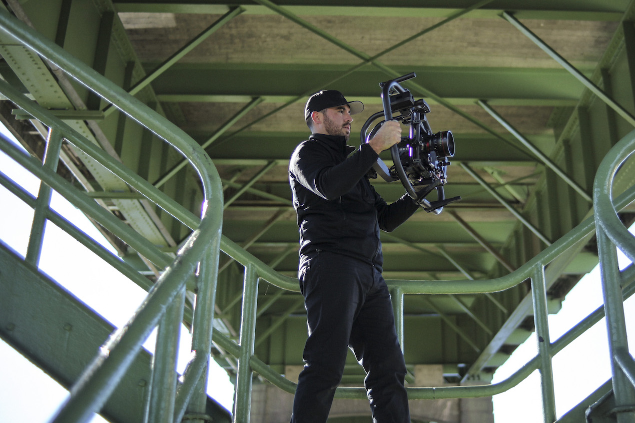 Freefly bring out the MōVi Pro 3 axis gimbal stabiliser